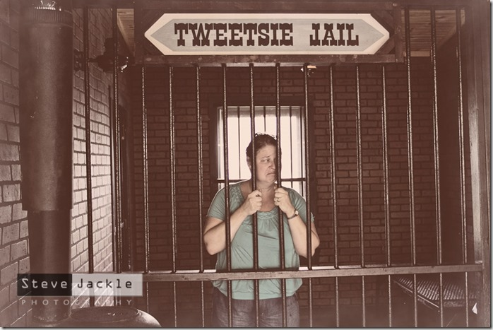 tweetsie-railroad-jail-photography-6